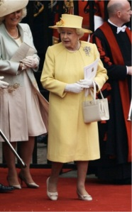 0429-9-queen-elizabeth-royal-wedding-yellow-suit_fa