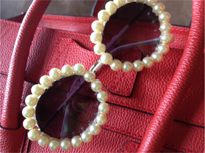 7ff40daf82298 DIY Christmas Gifts  Chanel – Inspired Pearl Sunglasses (Day 20 ...