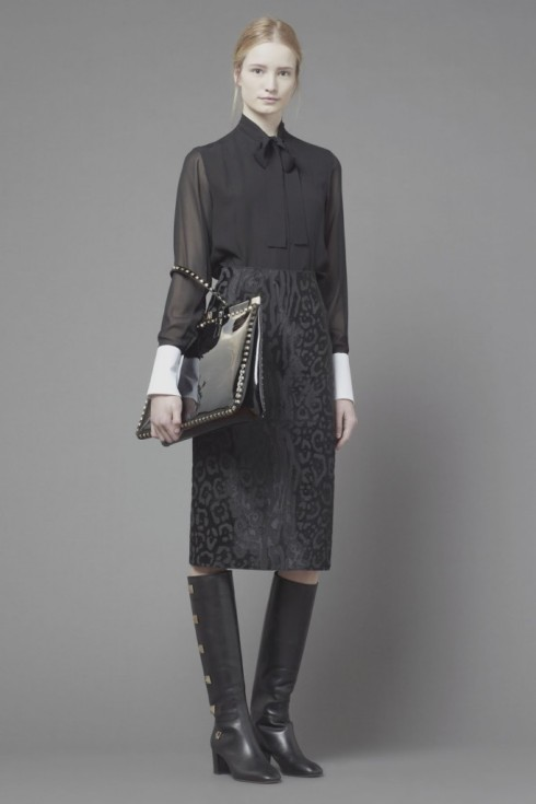 Maud-Welzen-and-Esther-Heesch-for-Valentino-Pre-Fall-2013-5-682x1024