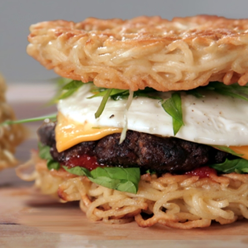 Ramen-Burger-Recipe-Video
