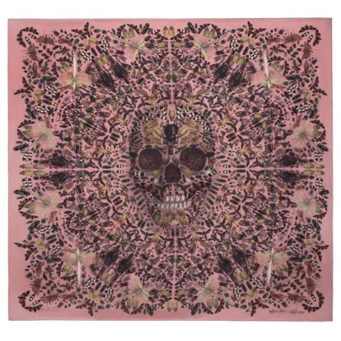mcqueen-skull-scarf-3-de