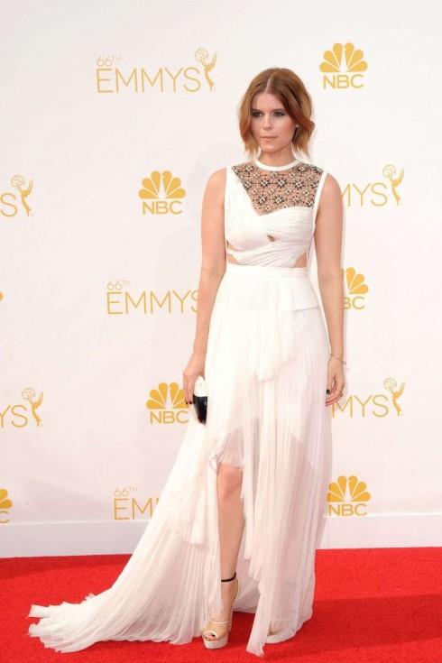 Kate-Mara--2014-Primetime-Emmy-Awards--03-720x1080